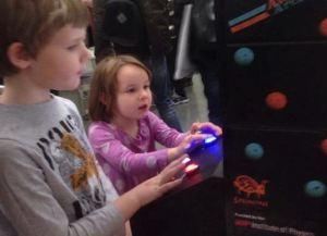 Atomic arcade face